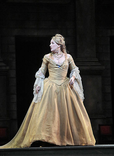 csm_diana_damrau_as_juliette_in_gounods_romeo_et_juliette_2_photo_by_ken_howard_metropolitan_opera_c911c43a3f