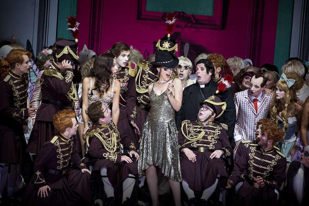 Die schöne Helena – Barrie Kosky – Komische Oper Berlin